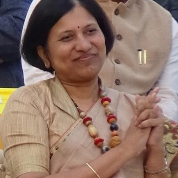 Dr Preeti Bajaj